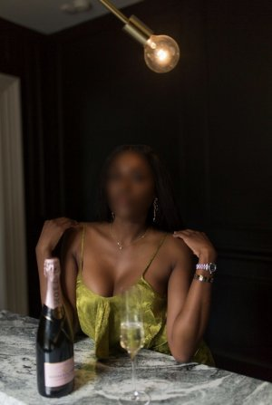 Lilya escort girl in La Porte Texas