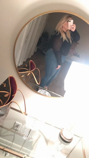 Sergeline incall escorts in Issaquah WA